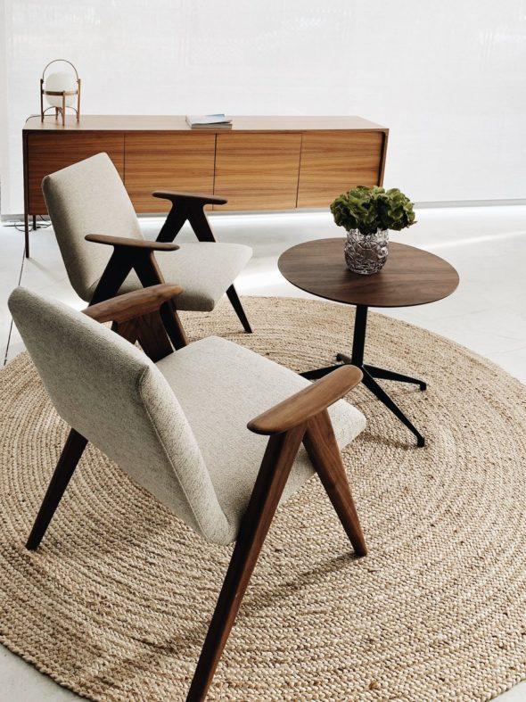 Table basse Marea et chaises Libera - STUA