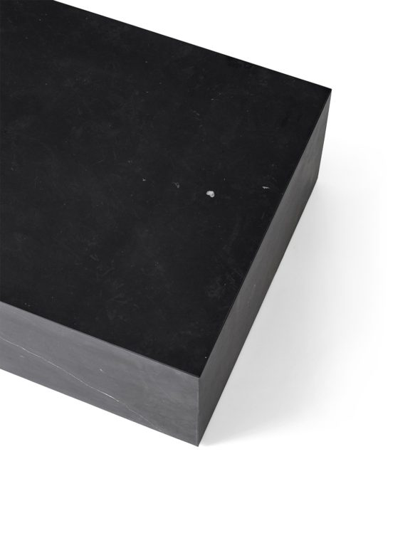 Tables basses Plinth Low Nero Marquina noir - MENU