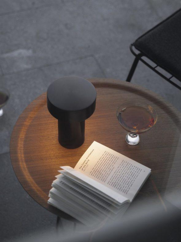 Lampe de table Column LED bronze - MENU