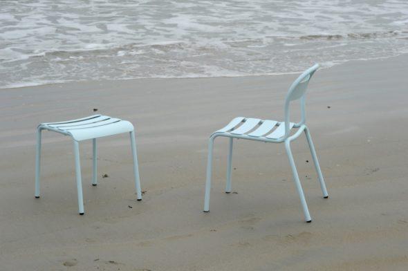 Tabouret et chaise Stecca bleu ciel - COLOS